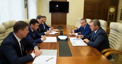 В рамках «Дней «Россетей» генеральный директор компании Олег Бударгин посетил с рабочим визитом Ярославскую область