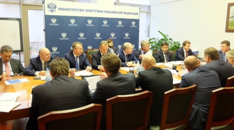 Александр Новак провел встречу с представителями крупнейших российских нефтяных компаний