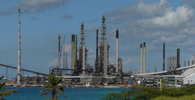 Вследствие американских санкций «Citgo» остановит модернизацию НПЗ на Арубе в Карибском море