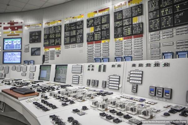 На ЛАЭС доставлена первая партия оборудования автоматической системы управления энергоблоком №2 ВВЭР-1200