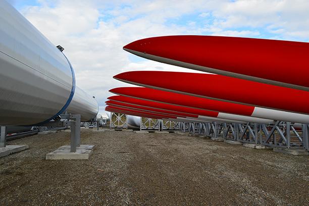 Адыгейская ВЭС: тонны крыльев по ветру