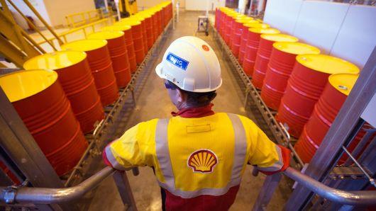 Shell переключает более 700 000 клиентов на возобновляемую электроэнергию