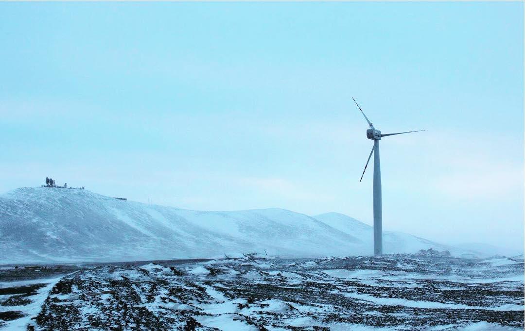 Ветряная электростанция в якутском поселке Тикси показала надежность в зимних условиях Арктики