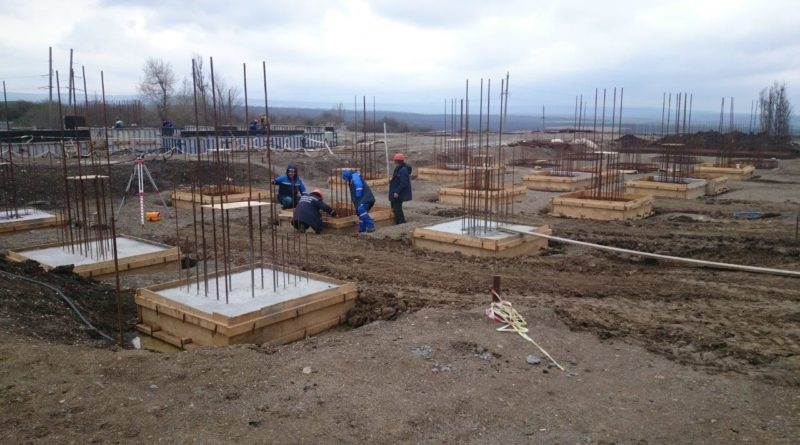 На двух станциях Каскада Кубанских ГЭС начато строительство зданий КРУЭ