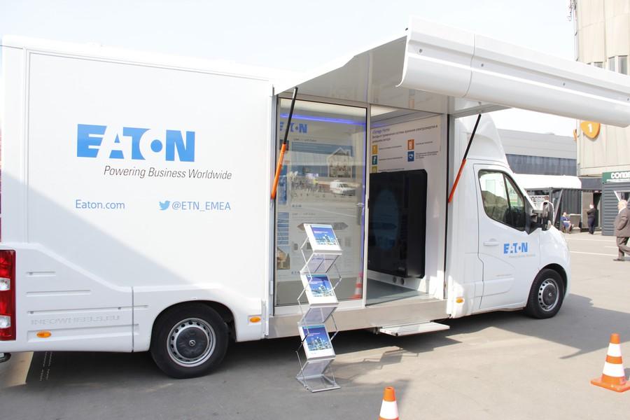 Мобильный демонстрационный стенд Eaton, интегрированный в автомобиль, совершит тур по крупным городам России