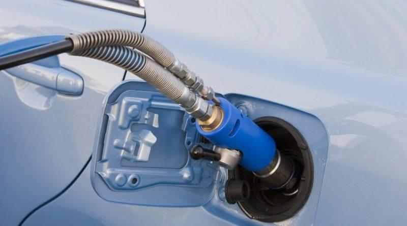 Российских автомобилистов хотят массово перевести на газ