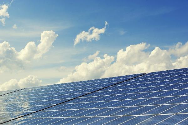 Группа компаний «Хевел» построит крупнейшую солнечную электростанцию с накопителем энергии