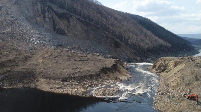 Завал на Бурейском водохранилище больше не препятствует свободному стоку воды