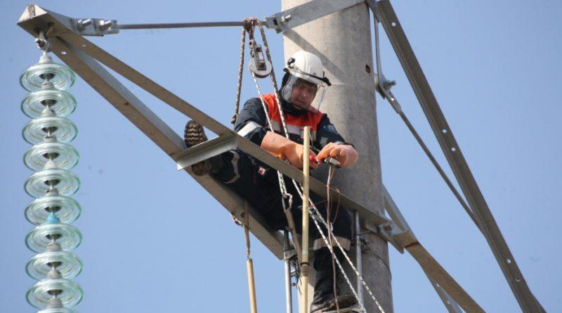 ФСК ЕЭС обновила изоляцию на более чем 200 км ЛЭП, участвующих в энерготранзите между ХМАО и ЯНАО