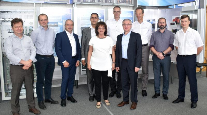 В АО «ЭЛАРА» побывала делегация концерна Siemens