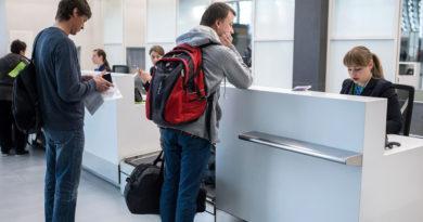 Долги за свет перекрыли некоторым жителям Хакасии выезд за границу