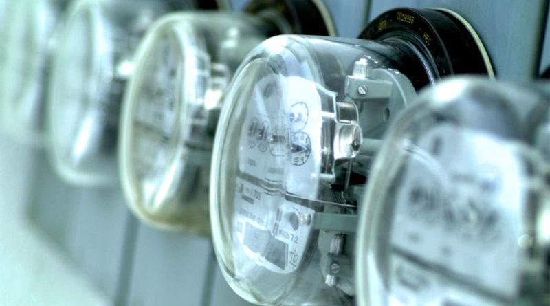 Регионы РФ не смогут превышать предельные тарифы на электроэнергию