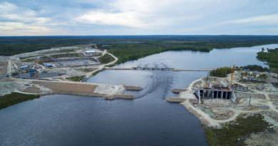 На стройплощадке Белопорожских ГЭС состоится церемония перекрытия русла реки Кемь