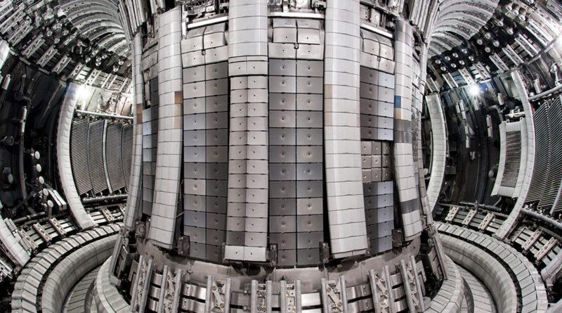 Дата запуска первого термоядерного реактора
