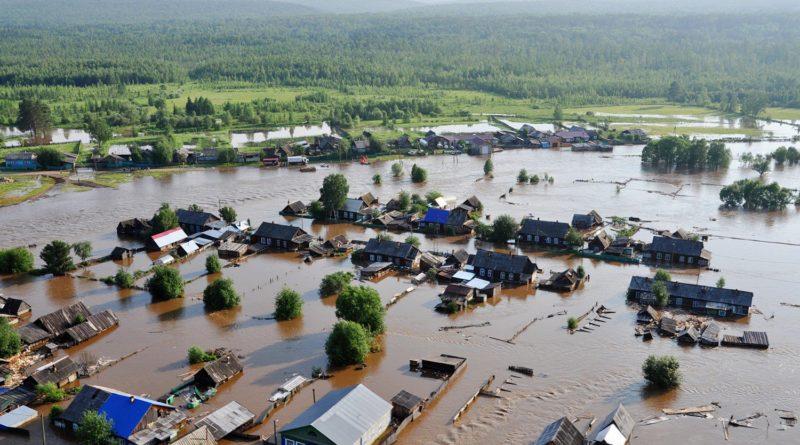 МЧС доставило в Иркутскую область водоналивные дамбы на случай новых подтоплений