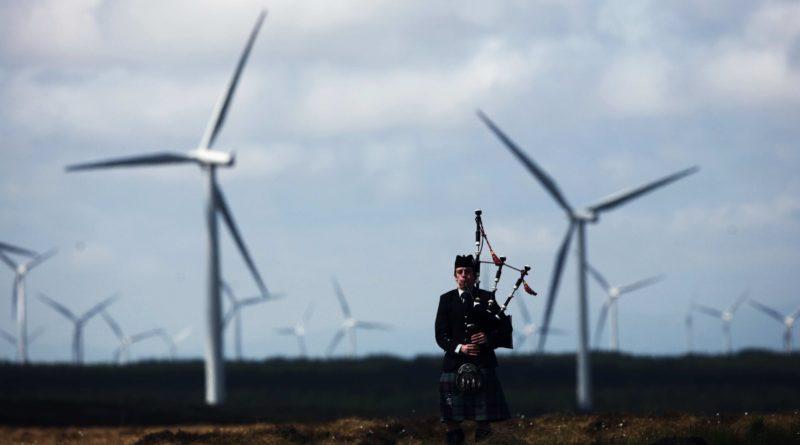 Шотландия выработала вдвое больше энергии ветра, чем ей необходимо