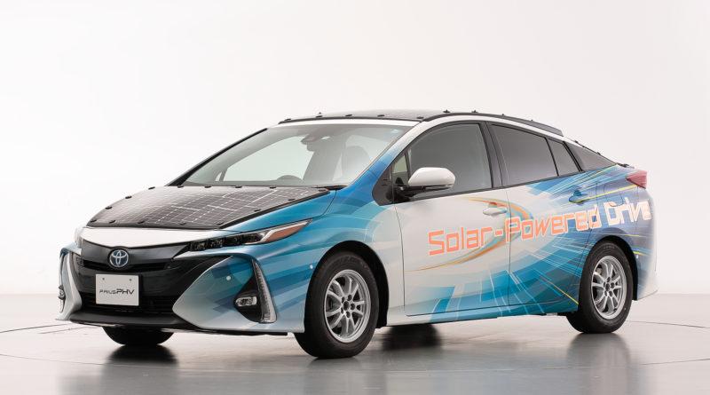 Компания Toyota объявила о начале тестовых испытаний концепта на базе Prius
