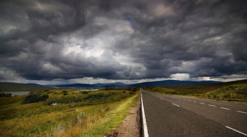 Работа энергосистемы, основанной на ВИЭ, в пасмурную и безветренную погоду