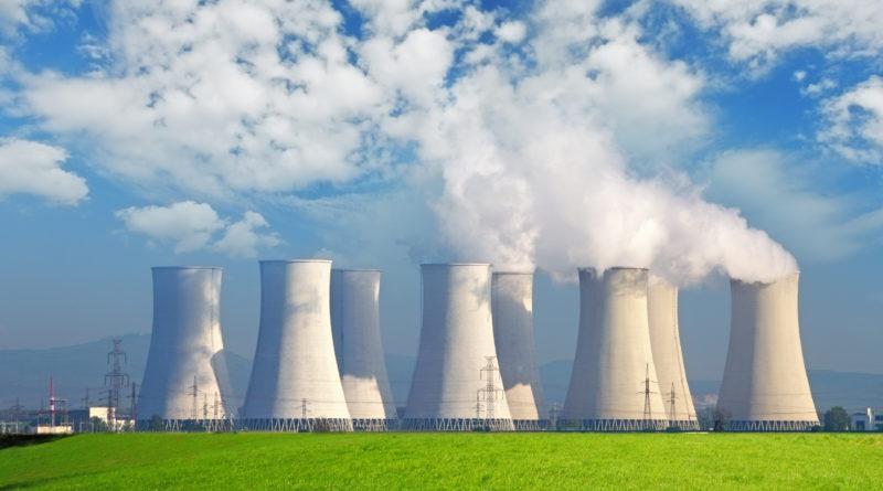 Слишком дорого, слишком опасно: обвинения затягивают петлю вокруг ядерной энергетики