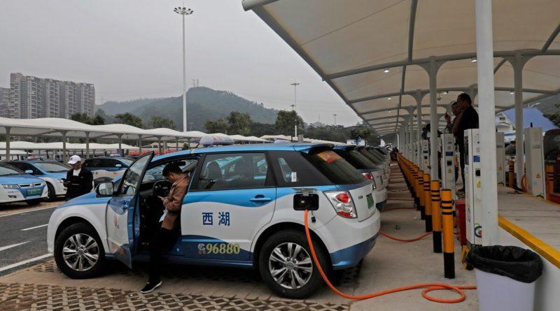В Пекине всё больше такси на новых источниках энергии