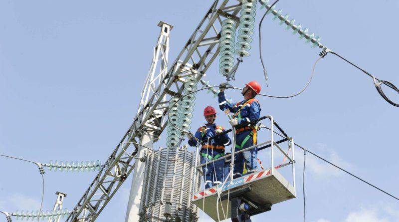 Специалистами Калугаэнерго за полгода отремонтировано 1565 км линий электропередачи
