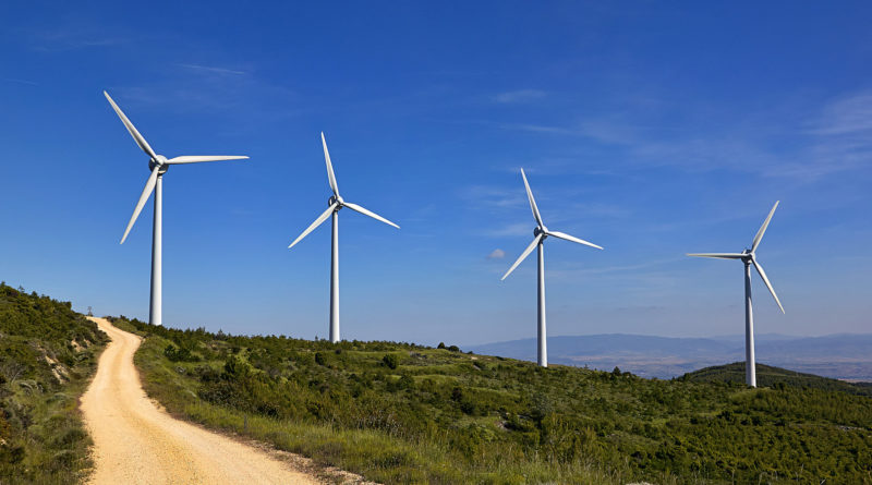 Свободная земля Европы может вместить достаточно ветряных турбин для энергопитания мира