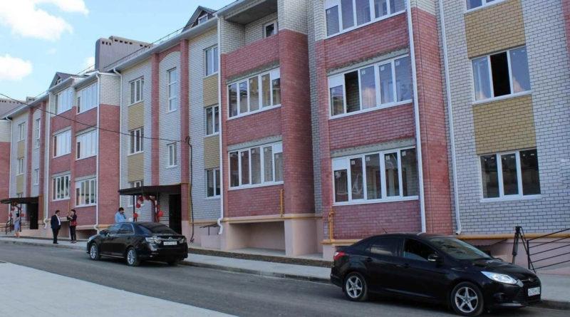 Калмыцкий филиал «Россети Юг» подключил к электросетям жилой комплекс «Багшин Гер»