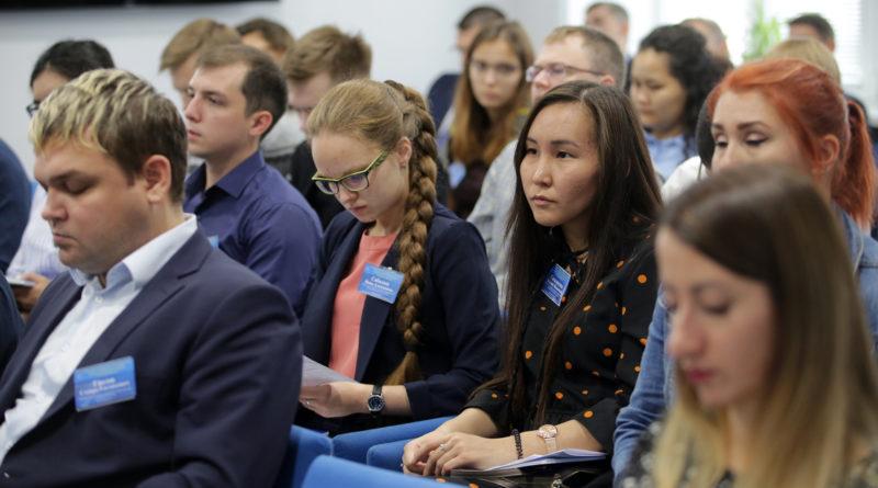 В ОДУ Сибири прошла ежегодная научно-практическая конференция памяти В. Н. Ясникова