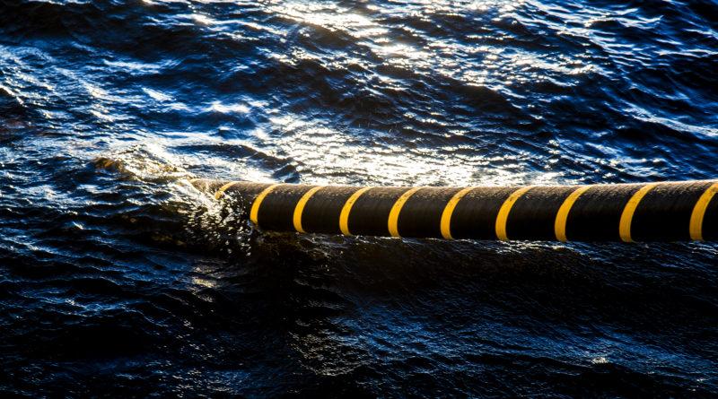 Австралийский миллиардер профинансирует проект подводного кабеля в Сингапуре