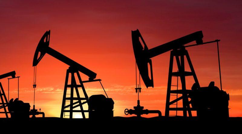 Российские власти признали риск падения спроса на нефть