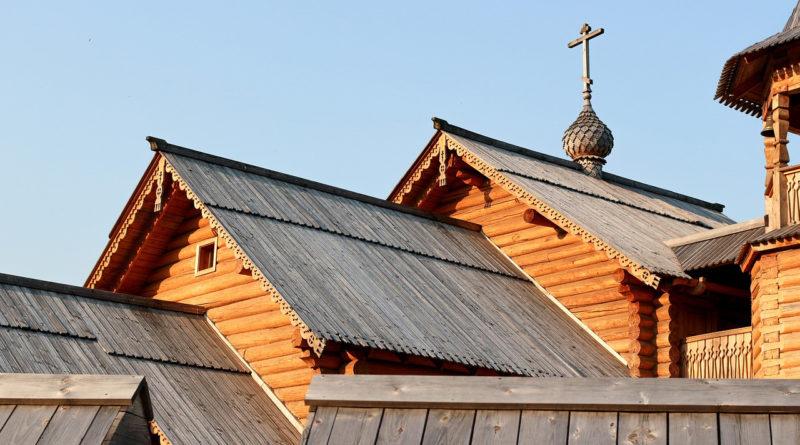 «Россети Юг» подключила к своим сетям уникальный деревянный храм в Волгоградской области