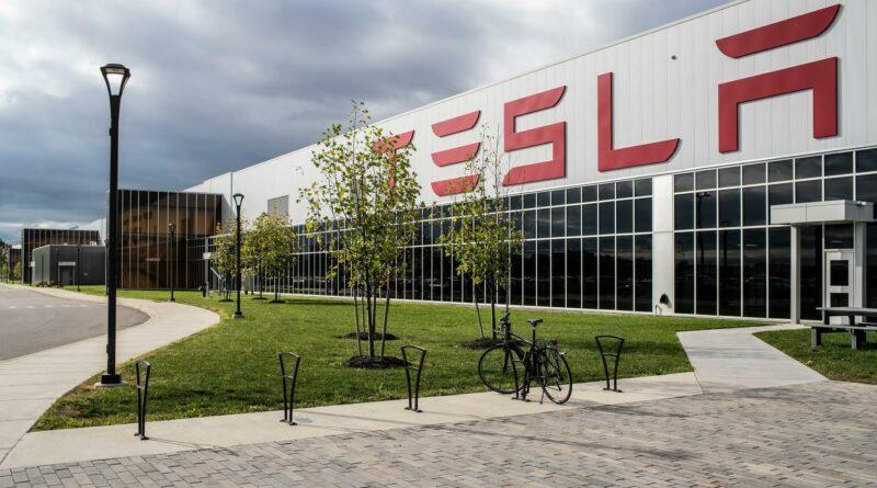 Tesla построит Gigafactory 4 в районе Берлина
