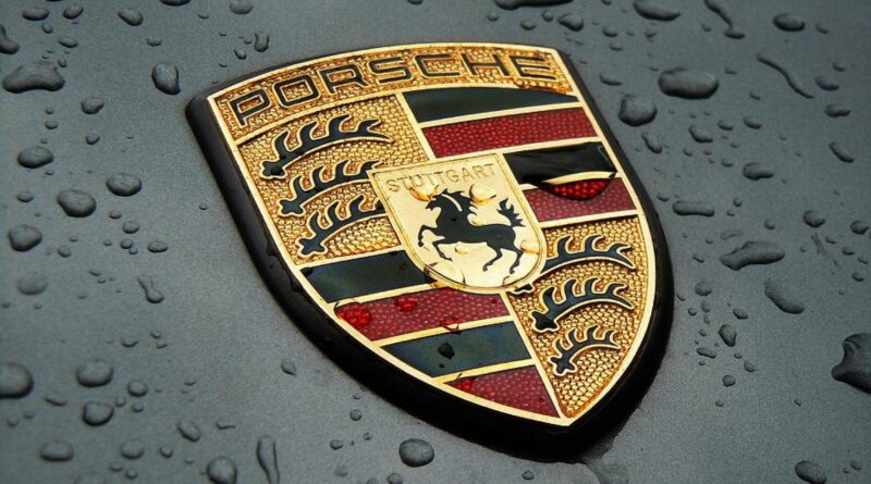 Электромобиль Porsche будет «внедорожником с маневренностью спорткара»
