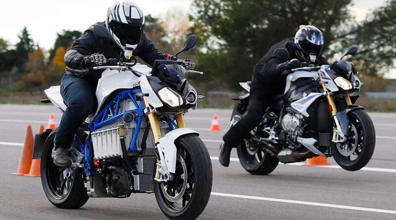 BMW представила прототип электрического мотоцикла