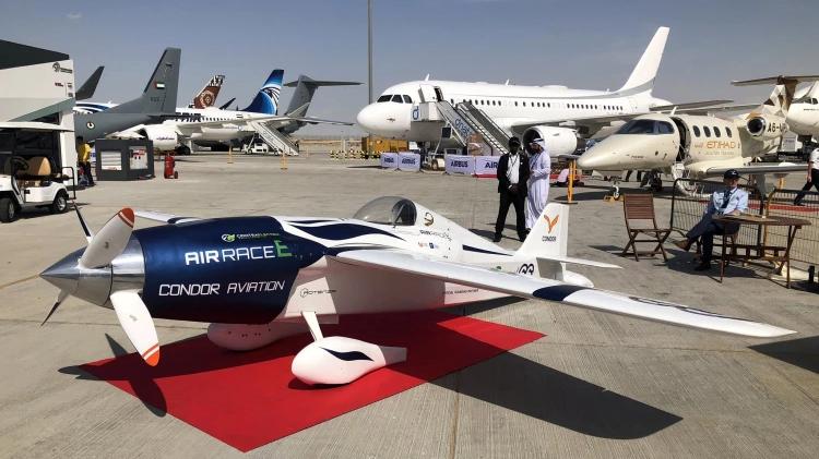 Air Race E представила первый в мире электрический гоночный самолет