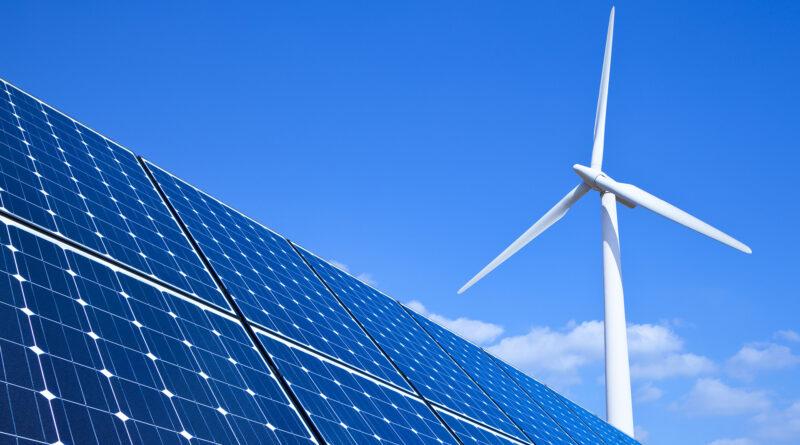 """В Украине в """"зеленую"""" энергетику за год вложили 3,7 миллиарда евро"""